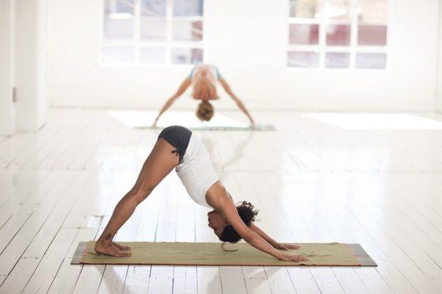 Tapis de yoga de voyage: parfait pour un plan bien-être