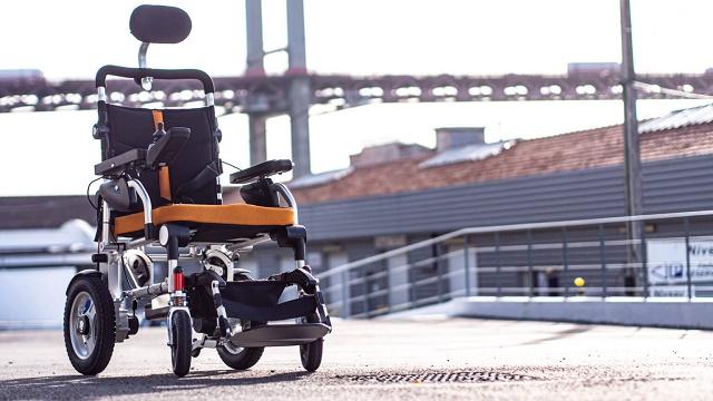 Fauteuil roulant électrique : un équipement médical aussi tendance qu'intéressant