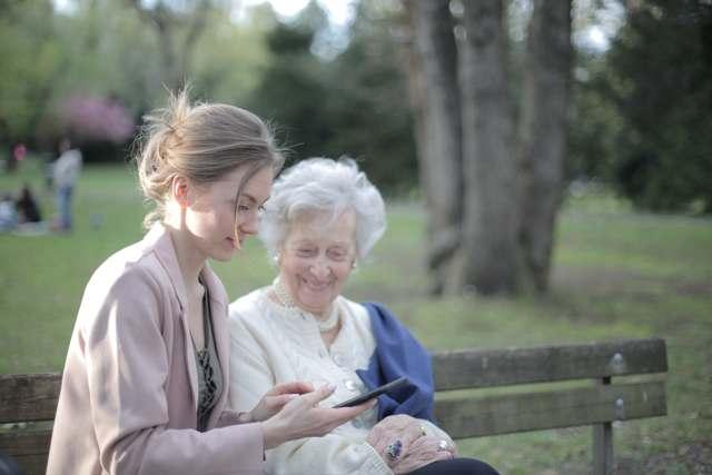 Résidence de service : quels avantages pour les seniors ?